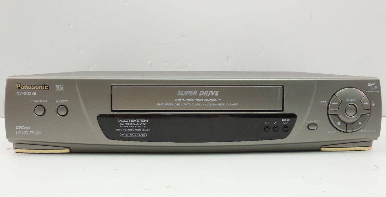 VHS проигрыватель видеомагнитофон Panasonic NV-SD235EU