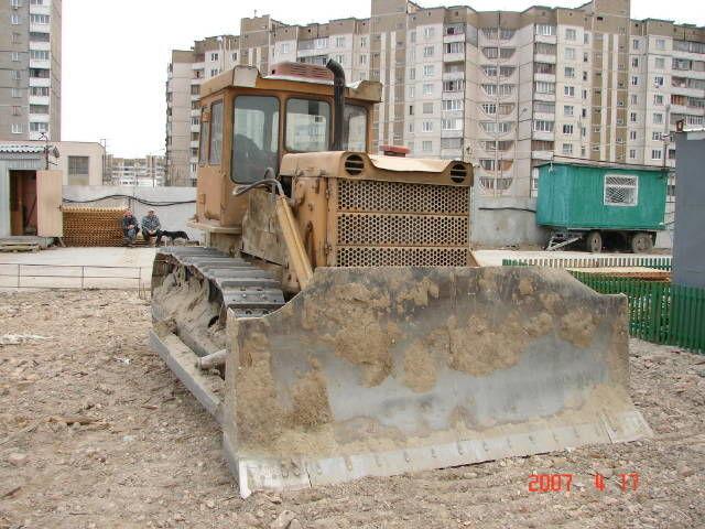 Аренда бульдозера Киев  дт-75.  Услуги бульдозера Киев.