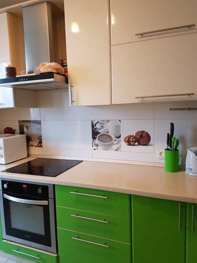 Продам 3-х комнатную квартиру с капитальным ремонтом у моря!