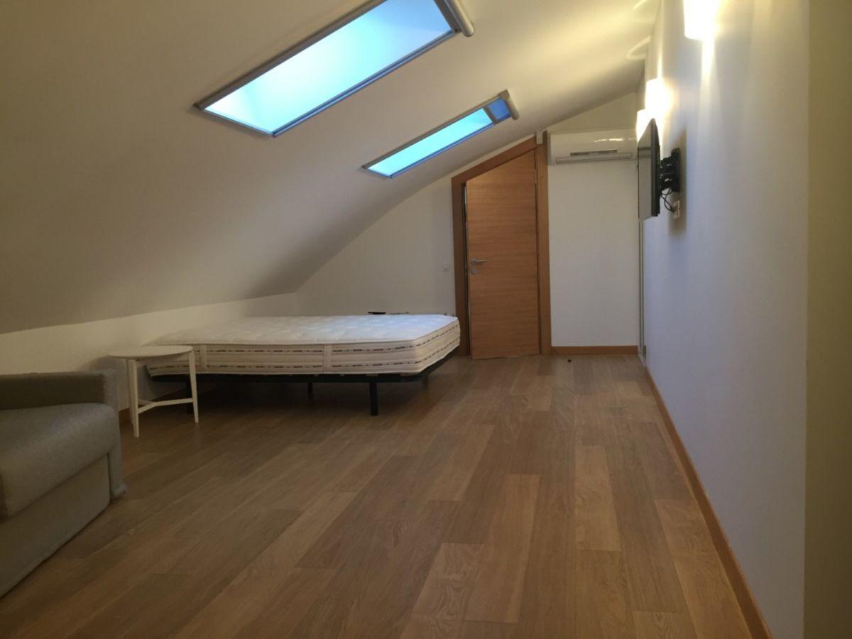 Вашему вниманию предлагается потрясающая квартира в Мукачевском переул