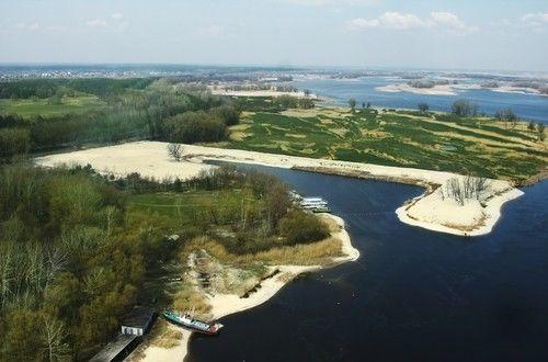 Предлагаем земельный участок с выходом на р. Днепр, в городе Черкассы