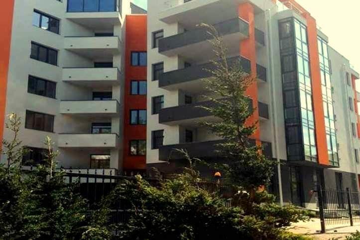 Продам 3-х комнатную квартиру общей площадью 93м2