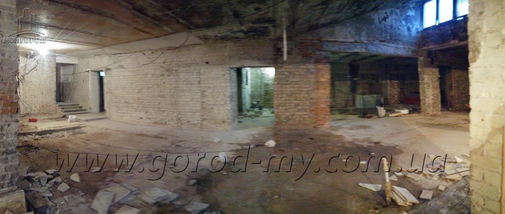 Продам помещение 750 кв.м. по ул. Паникахи - Тополь-3.