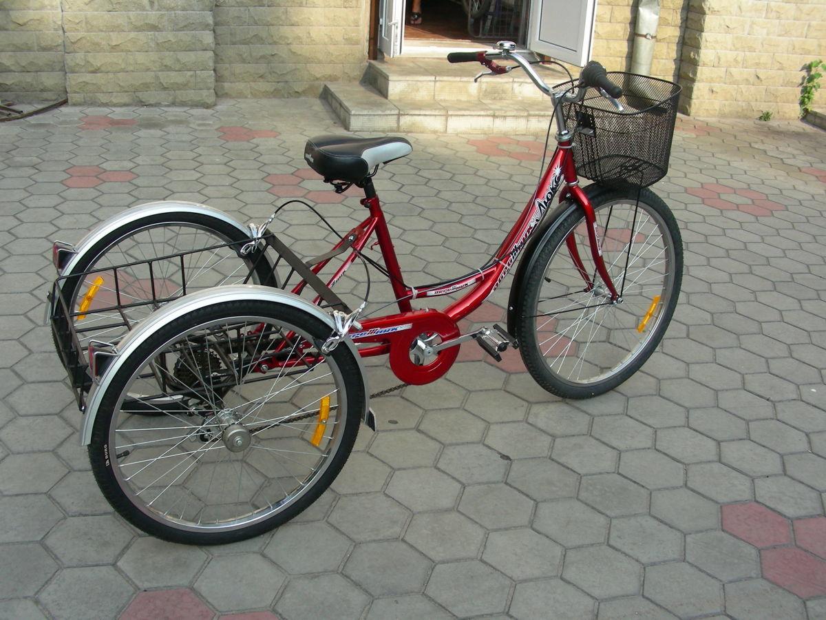 Трехколесный грузовой велосипед