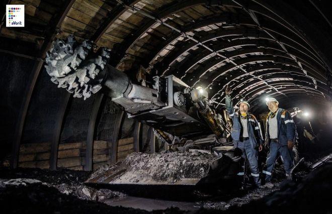 Работник угольной шахты