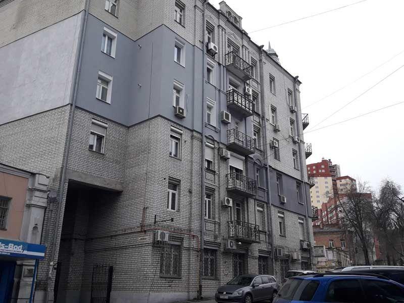 Продам 3х ком. квартиру возле Екатеринославского бульвара!