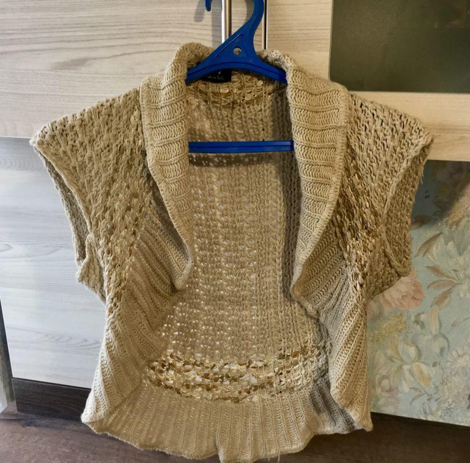 Продам жіноче в язане болеро  120 грн. - Інший жіночий одяг Житомир ... 88473362dc3f6