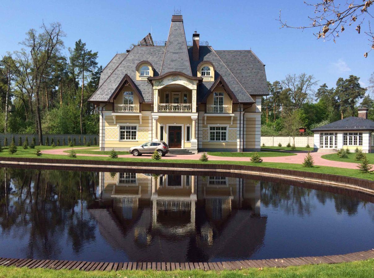 Продам дом Ворзель 1000 кв.м 63 сотки с озером без комиссии