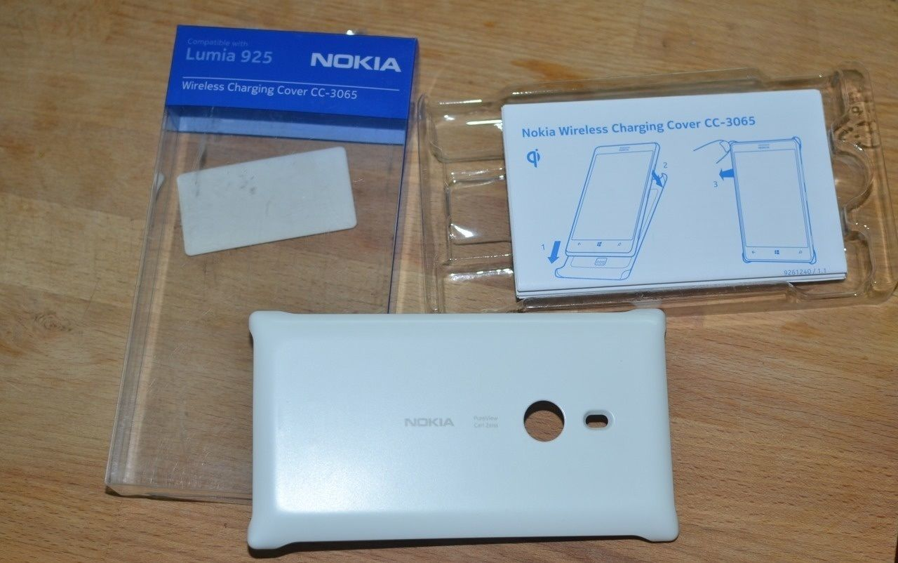 Nokia Lumia 925 крышка беспроводной Qi зарядки 200 грн другие