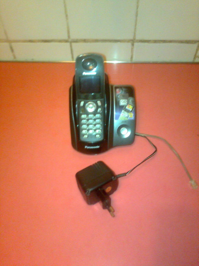 кнопочный телефон, факс.