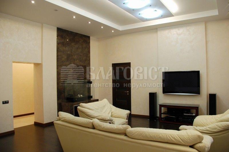 2х кімнатна квартира в центрі Києва!