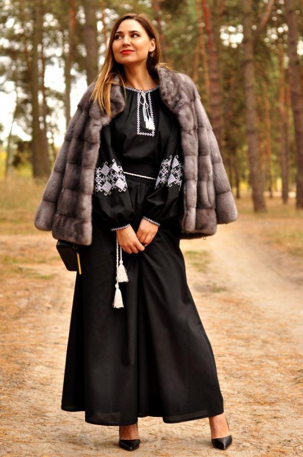 Вишукана вечірня сукня з вишивкою  3 530 грн. - Сукні 0efef5ecc00ec