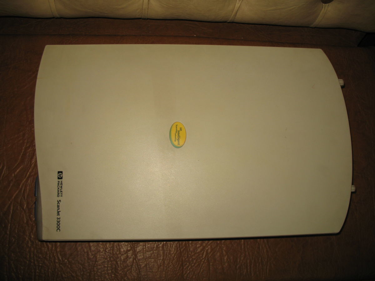 Сканер Hewlett Packard ScanJet 3300C