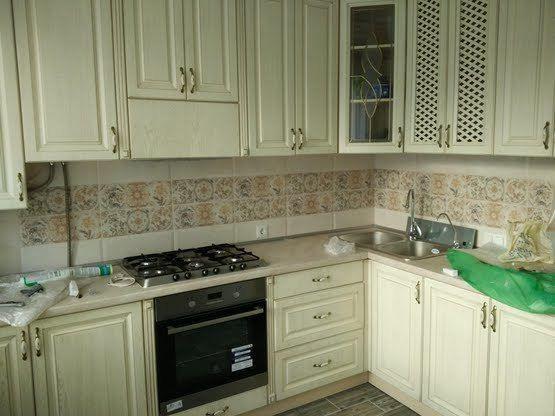 2 комнатная с ремонтом и мебелью, ул. Комарова / Рассвета