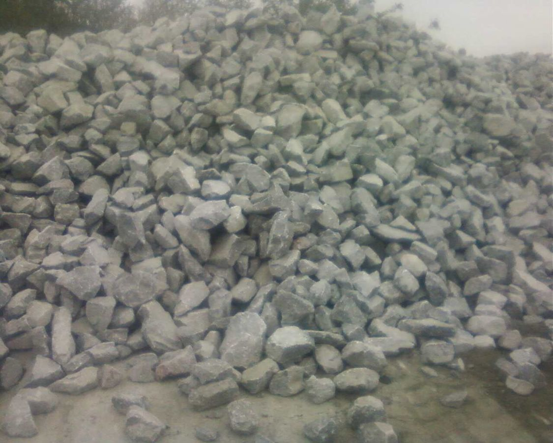 Камень бутовый отборной забор,фундамент,песок,щебень,кварцит,отсев