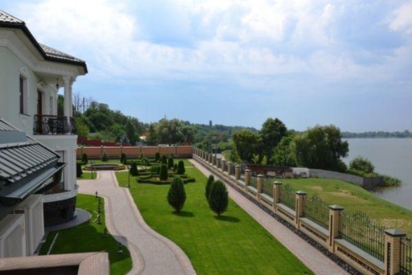 Продажа домовладения в Киеве VIP класса р-н Бортничи, без комиссии