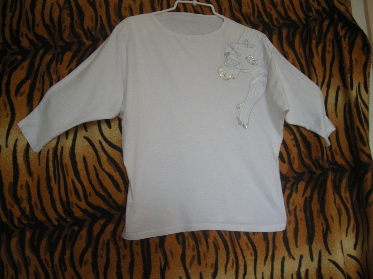 Супер кофта белоснежная,р.48-50,100%коттон,с пантерой.