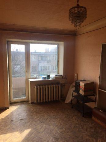 Продам 2-х комнатную квартиру на Артема (Ильича).