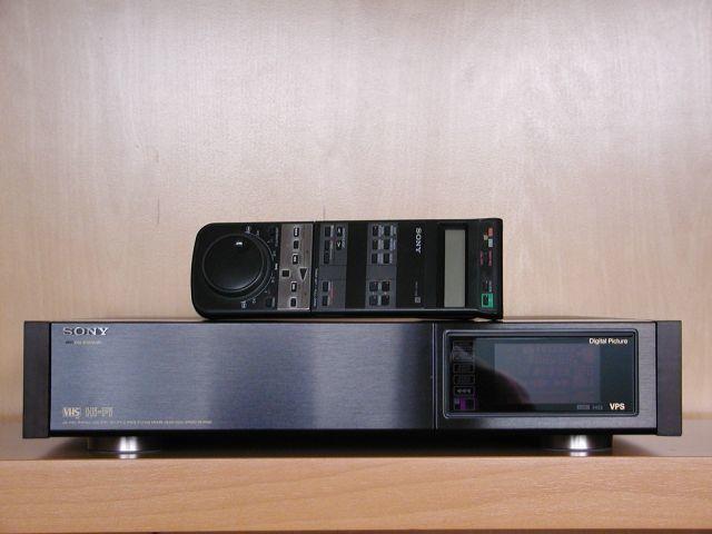 Куплю видеомагнитофон PANASONIC ,SONY SVHS Hi-Fi Stereo