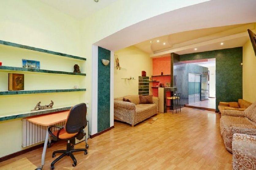 2 комнатная с ремонтом, мебелью, ул. Дерибасовская