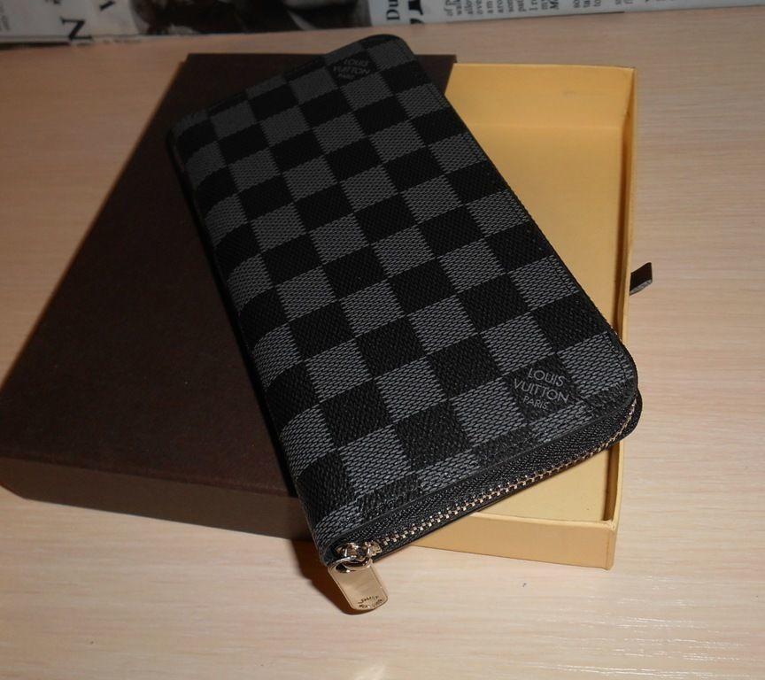 b224928c2ae6 Купить сейчас - Кошелек клатч пормоне Луи Виттон Louis Vuitton, кожа ...