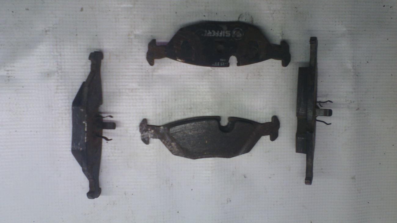 колодки тормозные задние на bmw е30