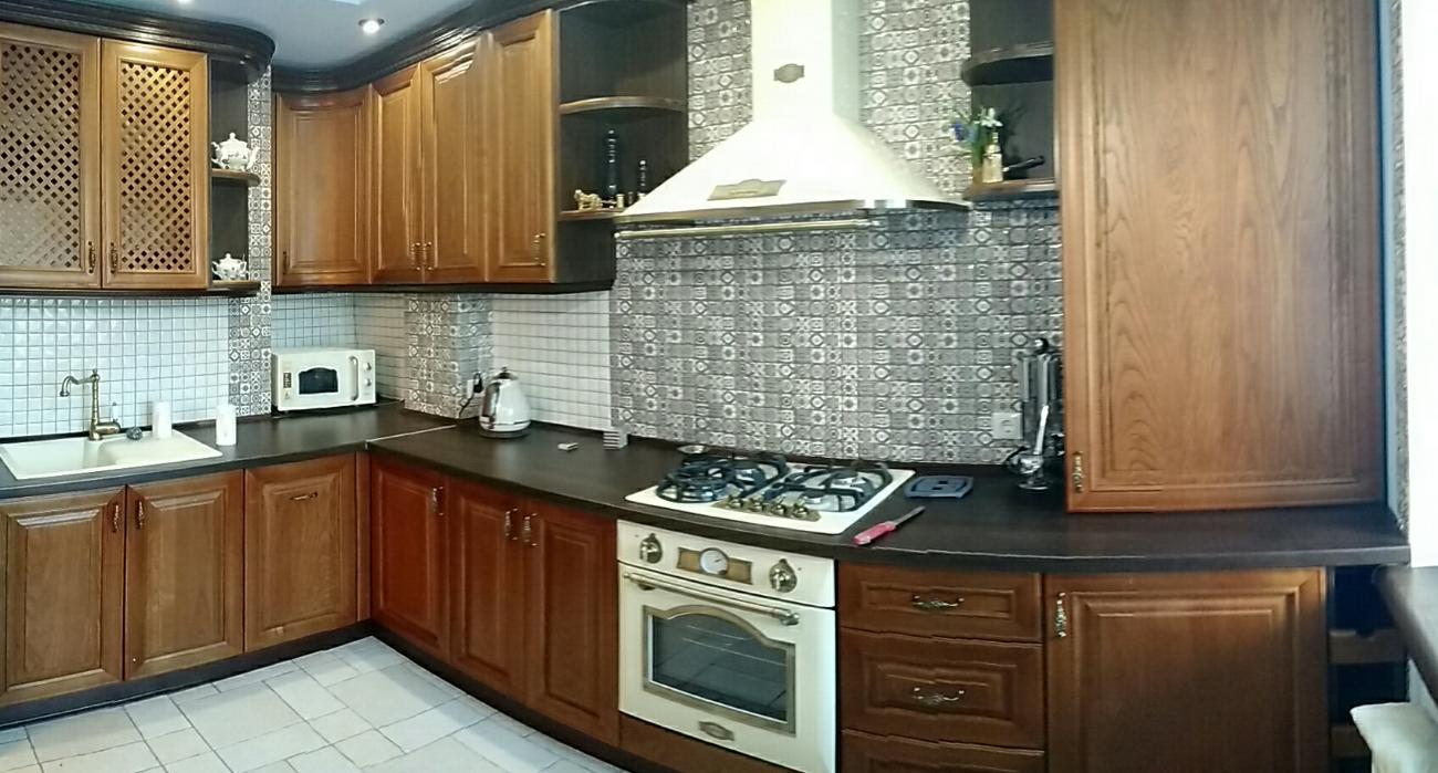 Кухни на заказ с гарантией, классические, модерн, в английском стиле.