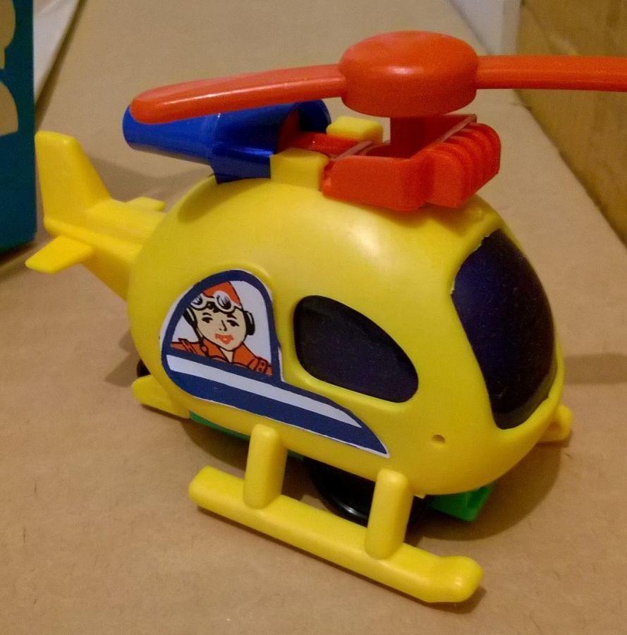 Игрушка заводная вертолет времен СССР