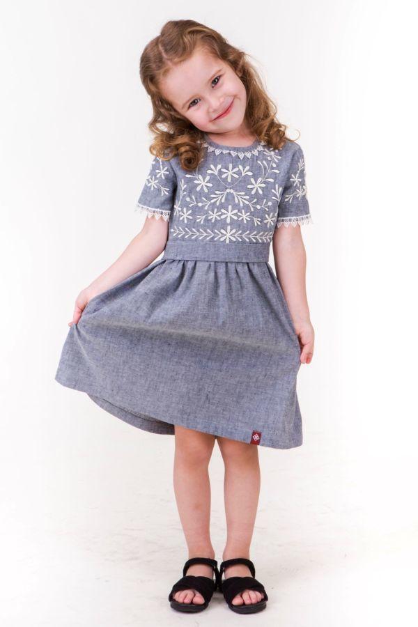 1c2ea4e846d03d Купити зараз - Плаття для дівчинки з дизайнерською вишивкою: 499 грн ...