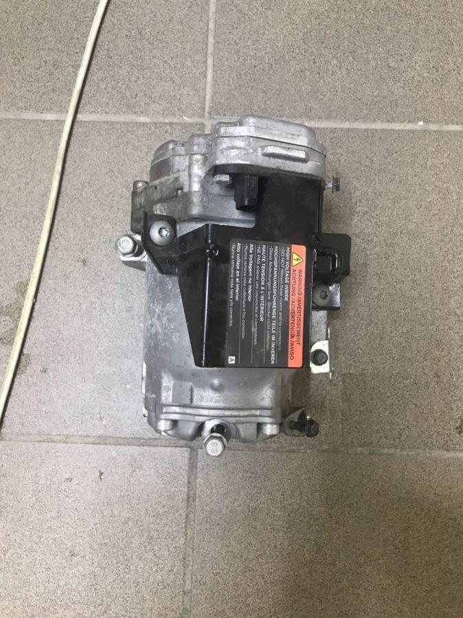 Nissan Leaf компрессор кондиционера