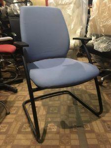 Кресло офисное для менеджера