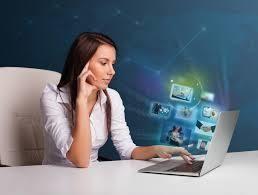 В крупную компанию требуется помощник информационного менеджера.