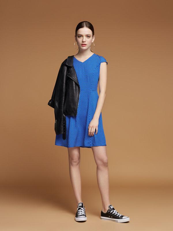 14105d6d6b7 Купить сейчас - Плаття синє в горошок  1 050 грн. - Платья