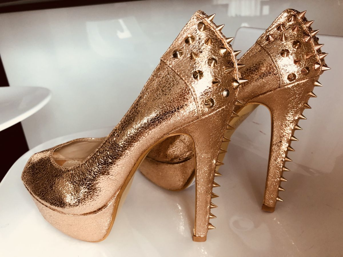 3285cdb1fb6a78 Золотые туфли: 900 грн. - Туфлі Київ - оголошення на Бесплатка 26511211