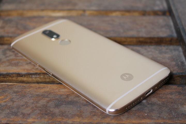 Motorola Moto M XT 1662 Helio P15/4Gb/32Gb/8+16 Mpx смартфон (Lenovo)