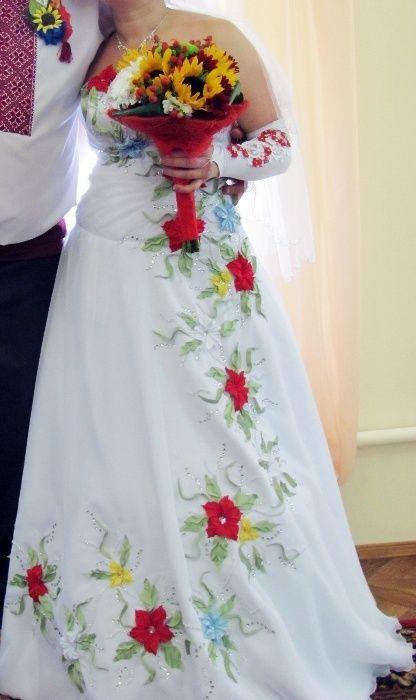 9cb08a228d1 Свадебное платье в украинском стиле б у  3 000 грн. - Свадебные ...