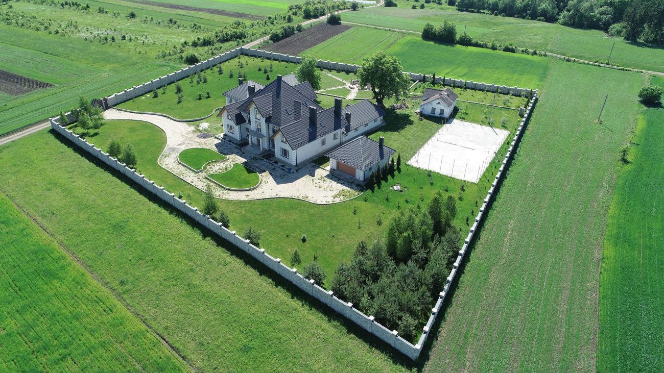 Продається шикарний будинок в селі Великий Ходачків