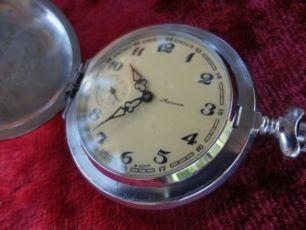 карманные часы МОЛНИЯ . ( Глухарь ) . 8 фото .
