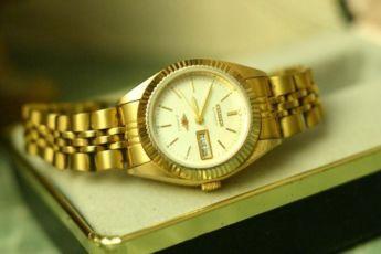 Оригинальные механические женские часы Citizen