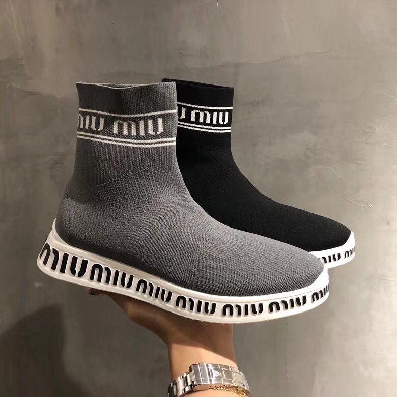Кроссовки Miu Miu  3 900 грн. - Спортивная обувь Киев - объявления ... e3c35b20c38