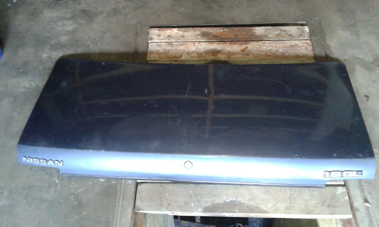 Продам крышку багажника на Ниссан Станза1987г