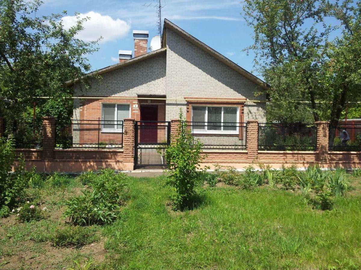 Продается дом 110 м.кв г.Ждановка,Донецкая область