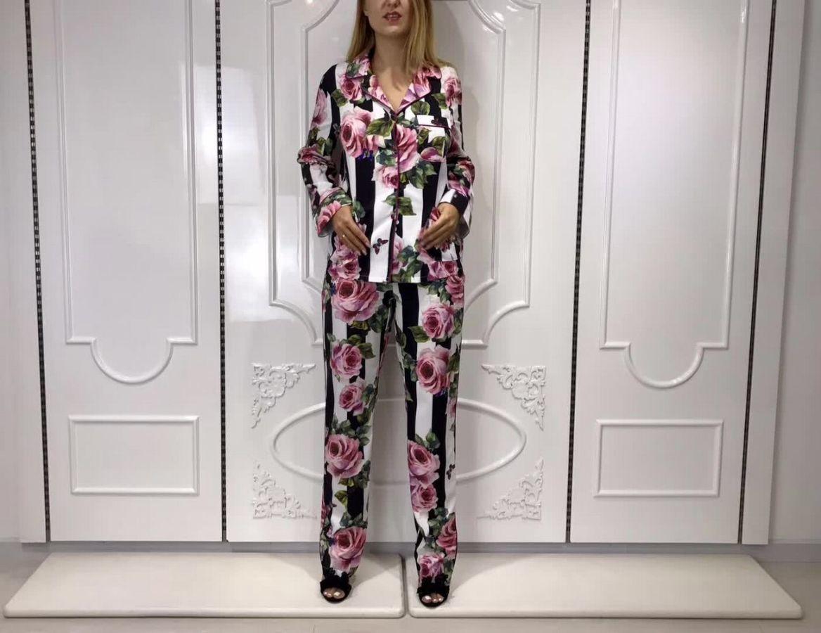 3cb0cfb4a87a ... Женская одежда Киев · Костюмы Киев. Пижамный костюм брючный Dolce &  Gabbana