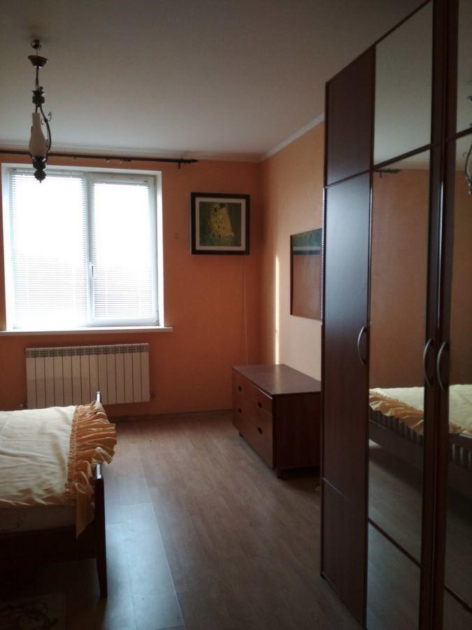 Продам двухэтажный дом в Таврийске, ул.Грушевского