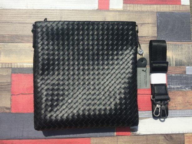 74504b899715 Мужская кожаная сумка Bottega Veneta: 1 500 грн. - Сумки Днепр ...