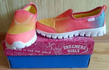 Мокасины для девочки Skechers 35 р. (22,5 см по стельке) Оригинал