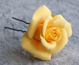 Роза в волосы. Свадебная прическа. Шпилька с цветами для невесты.