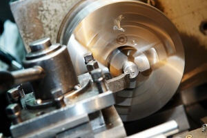 Услуги по механической обработке (токарные, фрезерные)