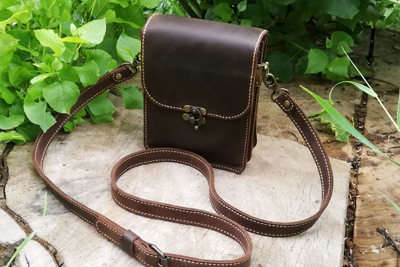e7e242f83327 Купить сейчас - Мужская сумка из натуральной кожи крейзи хорс. 100 ...