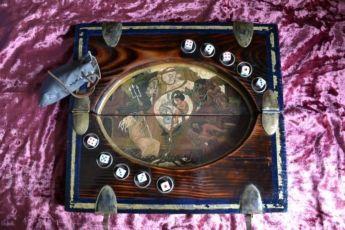 Краснолюдский покер,Игра в кости(The Witcher),Покер на костях Ведьмак